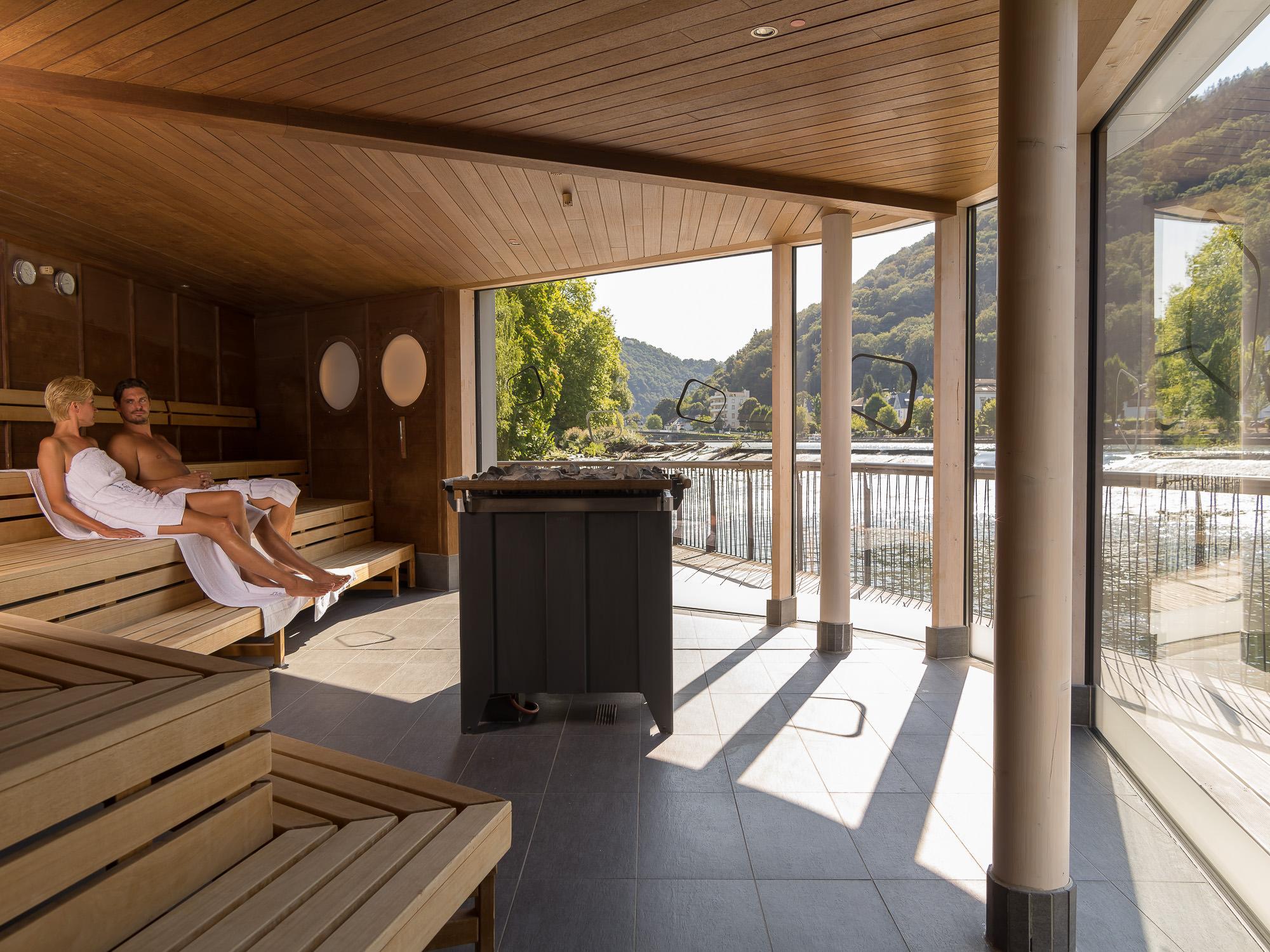 emser therme deutschlands erste flusssauna ein highlight der emser therme. Black Bedroom Furniture Sets. Home Design Ideas